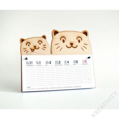 Dupla cicás naptár