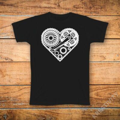 Bringás szív feliratos póló